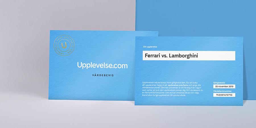 Presentboxen innehåller en presentask, värdebevis och broschyr.